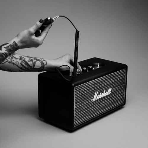 Licks Leeuwarden - Bluetooth speakers van Marley en Marshall
